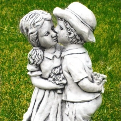 Szerelmesek  kerti dísz