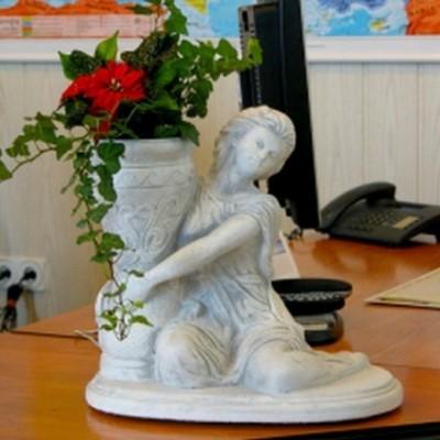Kerti ajándék szobor nő...