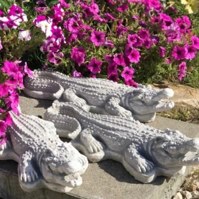 Krokodil kerti dísz figura