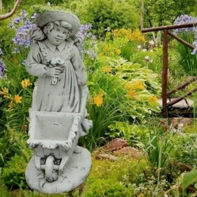 Különleges kerti virágtartó...
