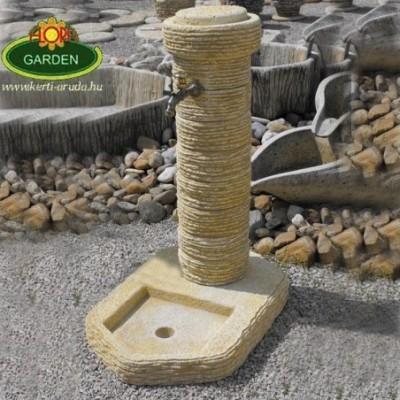 Kerti kút nem fából, kőből
