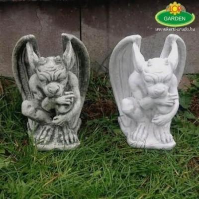 Kerti szobor troll