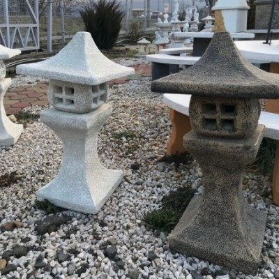 Eladó kő lámpa japán stílusban