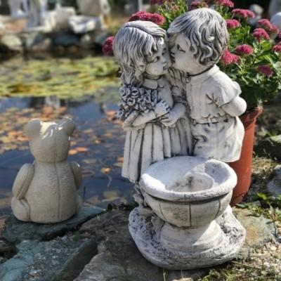 Új szobor virágtartós...