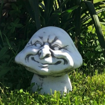 Gomba dekoráció szobor