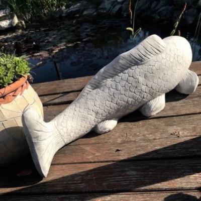Hal szobor vízköpő