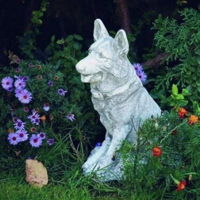 Német juhász kutya szobor