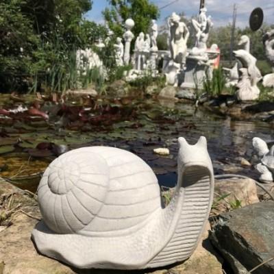 Kerti szobor csiga