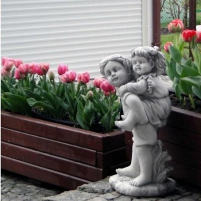 gyerek szobor
