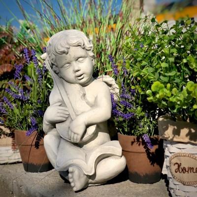 Hegedűs angyal szobor