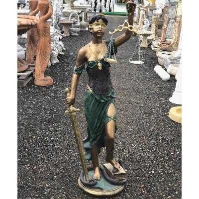Justitia Istennő szobor