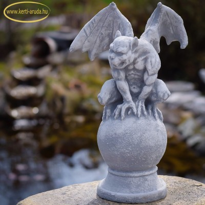 sárkány szobor