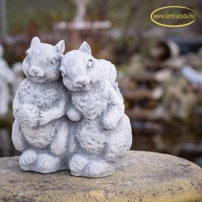 Kerti figurák mókusok