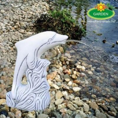 Vízköpő delfin kerti tóba...