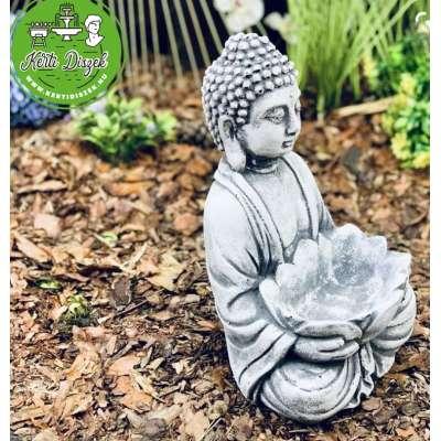 Buddha szobor lótusz