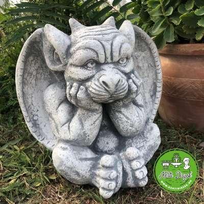 Gargoyle Troll szobor